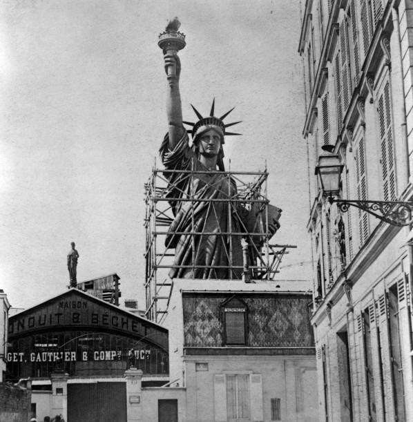 Dopo anni di confusione, la Libertà torna a illuminare gli Stati Uniti d'America