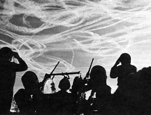 Watching-a-dogfight-between-American-and-Luftwaffe-planes