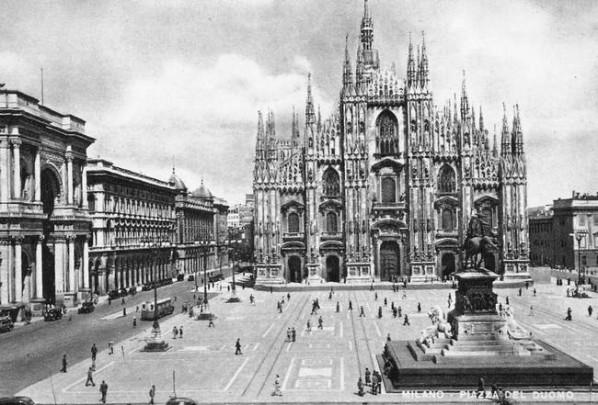 Piazza-Del-Duomo-598x405