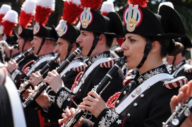 Carabinieri-banda-Arma
