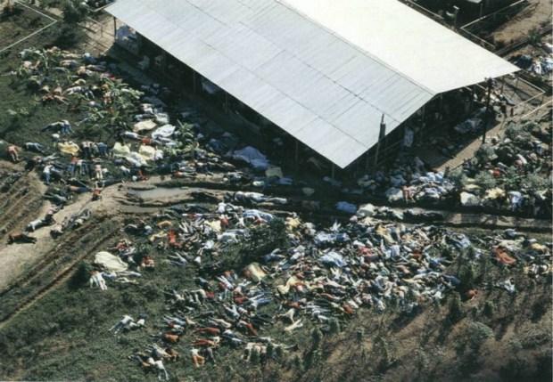 Jonestown, il più grande suicidio di massa della storia  ... prima di quello del PD