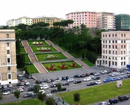 Genova-piazza-della-vittoria-caravelle