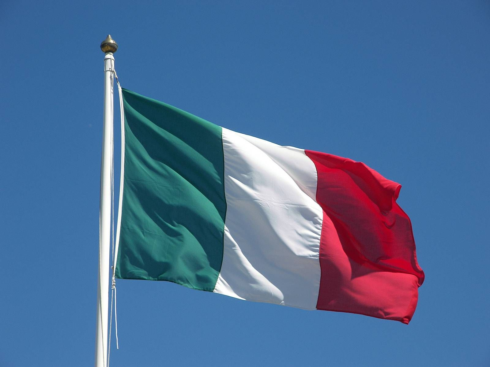 bandiera italiana - photo #46