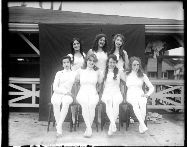 Bathing-Beauties-Paragon-Park-Massachusetts-3