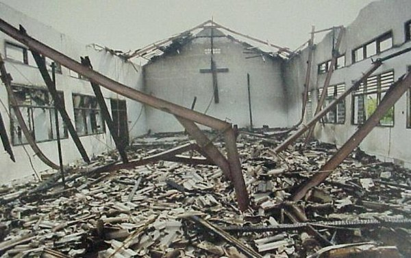 nigeria-burned-church