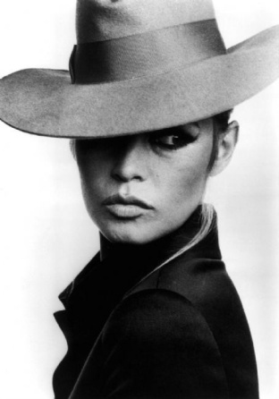 9-Brigitte-Bardot