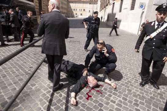 Giuramento Governo Letta - attentato
