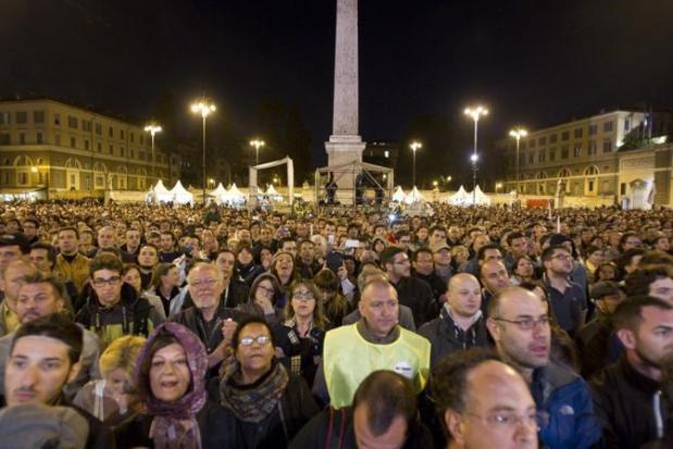 Roma. Grillo in Piazza del Popolo