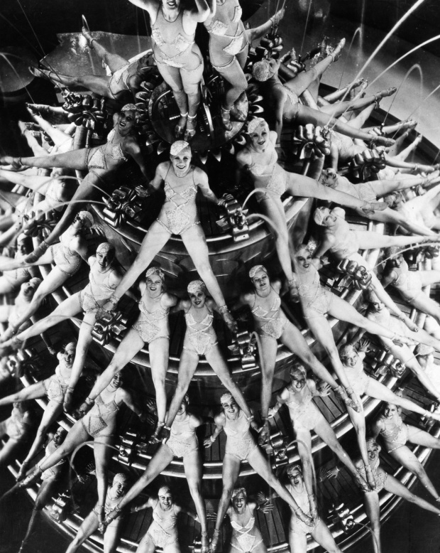 1933:  A scene from the musical 'Footlight Parade', choreographed by Busby Berkeley.  (Photo by General Photographic Agency/Getty Images)