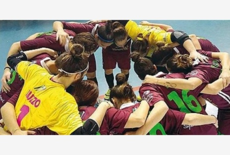 squadra-calcio-femminile-locri.jpg_997313609