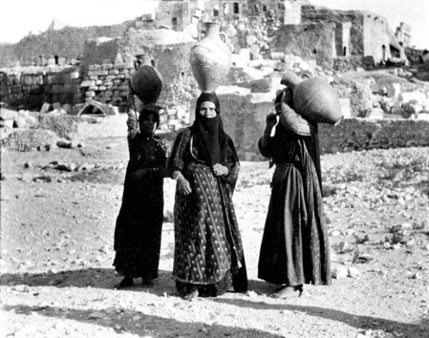 Donne di Palmira, marzo 1900