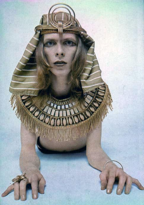 Bowie Egyptian Drag