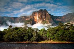 venezuela-handpicked-angel-falls-2000
