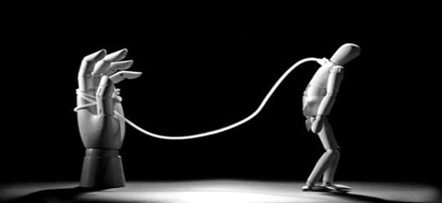 il-ricatto-morale-un-ombra-nel-rapporto