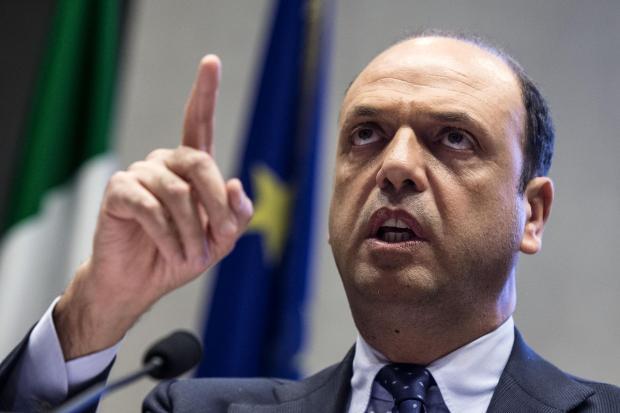 C.Italia: Alfano, pensiamo a Daspo a vita