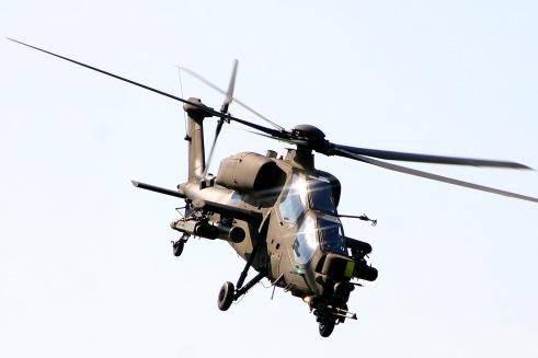 AgustaA129_01