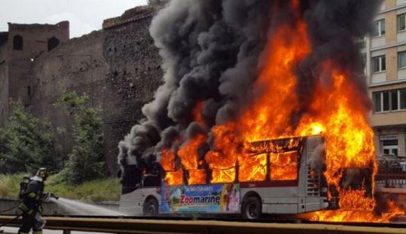 bus-fiamme-atac-7