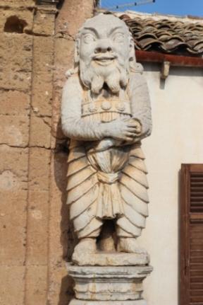 mostro-della-villa-palagonia