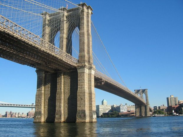 1024px-Brooklyn_Bridge_-_New_York_City